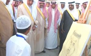 أمير مكة يفتتح أكبر حديقة ثقافية في ساحة النورس بجدة