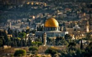 عباس يؤكد تمسكه بدولة على حدود 1967 عاصمتها القدس