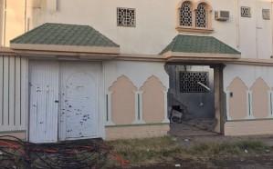 إصابة مواطن وطفلته ومقيمين إثر سقوط مقذوفات عسكرية في نجران