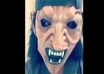 بعد انتشار مقطع تخويف طفلة بـ«قناع مرعب».. مختص يحذر من خطورة هذا التصرف (فيديو)