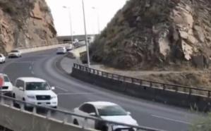 «المرور» يبث فيديو لسالكي إحدى الطرق الوعرة في عسير ويشكرهم