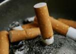 استشاري يوضح كيف يدخن الطفل لأول مرة؟