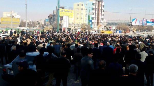 مخاوف من تكرار ما حدث مع معتقلي مظاهرات الحركة الخضراء في إيران عام 2009