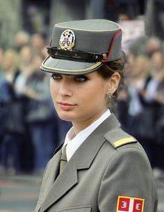 لأول مرة.. روسيا تسمح للنساء بالإنضمام إلى سلاح الطيران الحربى
