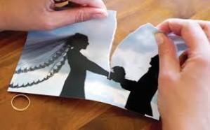 مصرية تطلب الخلع من زوجها بعد 40 يوم زواج لهذا السبب