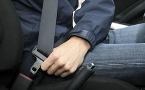 المرور يكشف حقيقة وجود كاميرات لرصد مخالفات ربط حزام الأمان