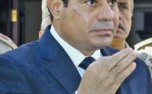 """""""السيسي"""" يوجه قادة الجيش المصري باستعادة الاستقرار في سيناء خلال 3 أشهر"""
